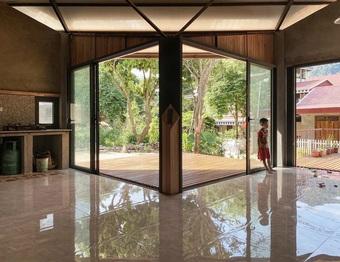Nhà sàn hiện đại với ống khói cao gần 3 m ở Thanh Hóa