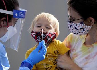 Đáp ứng miễn dịch ở trẻ em mạnh mẽ hơn người lớn khi mắc COVID-19