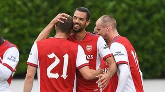 Tiếng hét của Rob Holding vô tình tiết lộ chiến thuật mùa giải tới của Arsenal