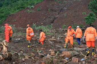 Ấn Độ: 125 người chết và 150.000 người phải sơ tán vì mưa lũ