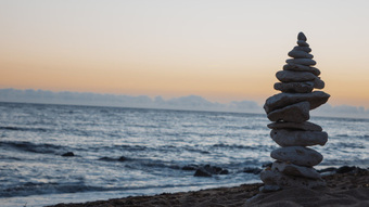 Bài học cuộc sống ''''đắt giá'''' hơn bất cứ thứ gì trên đời: Hiểu được thì đời sống bình an, tâm thanh tịnh và giàu sang cả đời