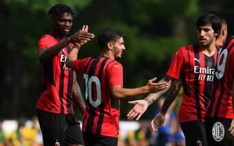 Tân binh ghi bàn, AC Milan hủy diệt Modena không thương tiếc