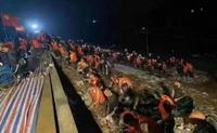 """Diễn biến mới nhất vụ vỡ đê khiến thành phố TQ ở tỉnh Hà Nam """"thất thủ"""""""