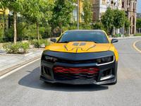 Hạ giá mùa dịch, Chevrolet Camaro bán lại rẻ ngang giá lăn bánh Toyota Camry