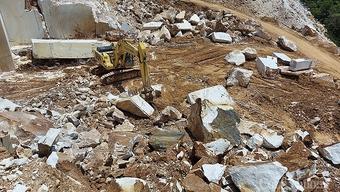 Khai thác khoáng sản trái phép tại Nghệ An: Chính quyền kêu khó