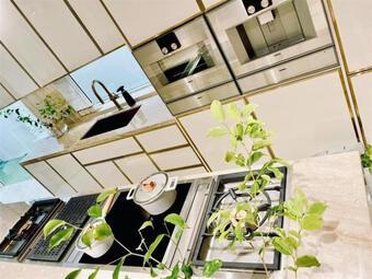 Những ngóc ngách đắt giá được Hà Hồ yêu thích trong căn biệt thự tiền tỷ hoành tráng do Kim Lý xây dựng