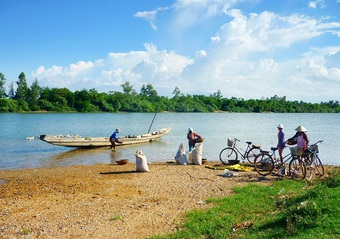 Du lịch làng Mai Xá ngắm cảnh đẹp yên bình và ăn đặc sản