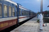 """Hà Tĩnh: Nữ công dân trên chuyến tàu """"đặc biệt"""" dương tính với SARS-CoV-2"""