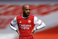 """CĐV Arsenal: """"Không thể bán chân sút tốt hơn Aubameyang với 13 triệu"""""""