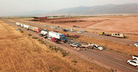 Bão cát khiến 22 xe đâm nhau trên cao tốc Mỹ, 8 người chết