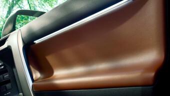 Toyota Land Cruiser Prado VXL máy xăng 4.0L hiếm gặp tại Việt Nam