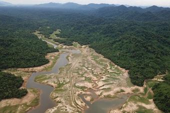 Hà Tĩnh sẽ xây dựng đền thờ các liệt sỹ tại trận địa sân bay ở lòng hồ Kẻ Gỗ