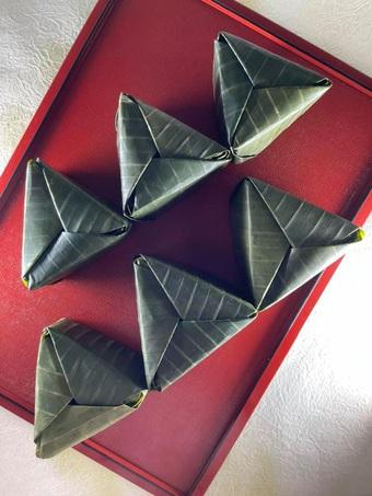 """Mẹ đảm """"nâng tầm"""" món Việt với cách bài trí theo kỹ thuật gấp giấy origami"""