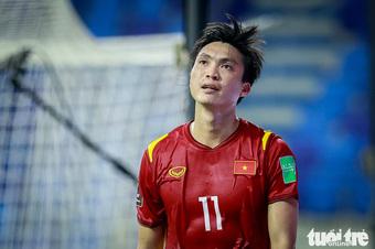 HLV Park Hang Seo không đưa tên Tuấn Anh trong danh sách thi đấu trận gặp UAE