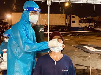 Bộ Y tế hoả tốc đề nghị công nhận xét nghiệm test nhanh COVID-19 với các tài xế chở hàng