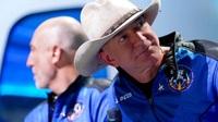 Tỷ phú Jeff Bezos chi mạnh tay 'chạy đua' với Elon Musk trên Mặt Trăng