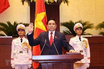 Lãnh đạo Trung Quốc, Lào chúc mừng Chủ tịch nước và Thủ tướng Chính phủ