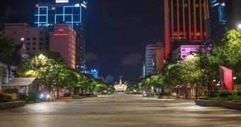 TPHCM ngày 26/7: Ca mắc vẫn tăng cao, người dân không được ra đường sau 18h