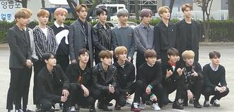 Cư dân mạng không khỏi ''rùng mình'' chứng kiến cảnh fan cuồng tụ tập trước KTX của NCT