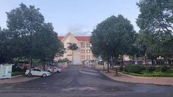 Bệnh viện Buôn Ma Thuột dừng tiếp nhận bệnh nhân và phong tỏa 1 khoa