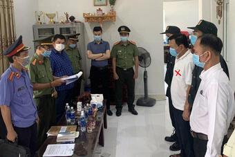 Bắt giam Giám đốc sân bay Phú Bài