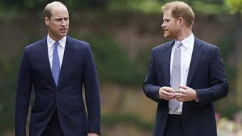 Tiết lộ tên người đàn ông quyền lực trong hoàng gia Anh sẽ chịu hậu quả lớn từ cuốn hồi ký của Hoàng tử Harry