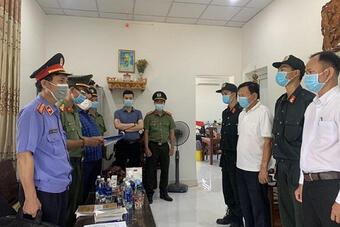 Thêm 2 cán bộ Cảng hàng hàng không Quốc tế Phú Bài bị khởi tố, bắt giam