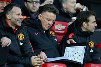 Van Gaal chỉ ra cái tên khiến Rafael bị loại khỏi đội hình M.U