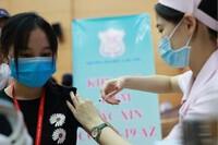 Hà Nội tiêm 76.951 mũi vaccine Covid-19 trong ngày 28-7