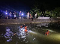 Hai chị em họ tắm sông bị đuối nước thương tâm