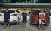 Tụ tập uống rượu, 3 nam thanh niên ở Hà Nội bị công an bắt quả tang, xử phạt