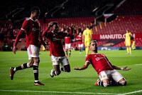 SAO MU vô lê tuyệt đẹp vào lưới tân binh Ngoại hạng Anh, được ví như Ronaldinho