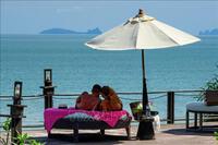 Vừa mở cửa, đảo Phuket ở Thái Lan lại có nguy cơ phải đóng vì COVID-19