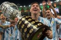 Cannavaro: 'Messi xứng đáng Quả bóng vàng 2021'