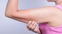 Tiêm tan mỡ bắp tay vào mùa hè có giữ được lâu không?