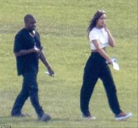 Irina Shayk cân nhắc chuyện hẹn hò Kanye West