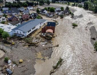 Hàng loạt các quốc gia châu Âu hứng chịu thảm họa lũ lụt kinh hoàng