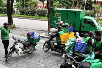 Đặc điểm nhận diện shipper được phép đi giao hàng ở TP Hồ Chí Minh