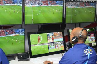 Vòng loại World Cup 2022: Hồi hộp chờ VAR ở Mỹ Đình!