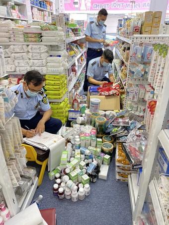 Cửa hàng bán đồ mẹ và bé của 9X bị phạt 100 triệu đồng