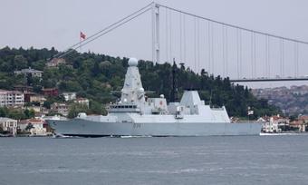Căng thẳng quân sự trên Biển Đen bùng phát giữa Anh và Nga