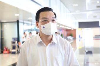 Hà Nội xây dựng kịch bản tiêm vắc xin 200.000 mũi/ngày: ''Mọi người dân đều bình đẳng về quyền lợi tiêm''