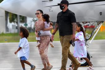 Kim Kardashian đưa con đến dự ra mắt album mới chủa chồng cũ làm dấy lên nghi vấn tái hợp