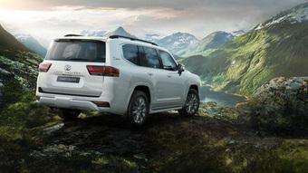 Toyota Land Cruiser 2022 sẽ bị cấm xuất sang thị trường khác để ''trục lợi'', khách Việt vẫn liên tục được mời chào bằng xe nhập Trung Đông