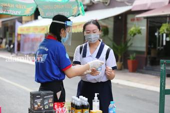 """8 trường công bố điểm sàn xét tuyển đại học năm 2021: Nhiều trường top ở Hà Nội """"lên sóng"""""""