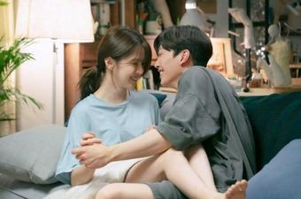 Style đối lập của Han So Hee: Ngoài đời hở chẳng ngán ai, lên phim thì kín như bưng chẳng lộ gì