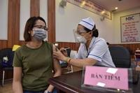 Thêm một triệu liều vắc xin, người từ 18 tuổi, sống tại TPHCM đều được tiêm