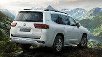 Muốn mua Toyota Land Cruiser 2022, người Nhật phải chờ 4 năm