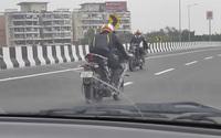 Lộ Yamaha R15 2021 trên phố: Sportbike phổ thông ngày càng đẹp, thiết kế hứa hẹn lai đàn anh R7