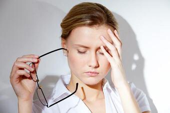 Lo âu, sợ hãi ảnh hưởng đến sức khỏe làn da